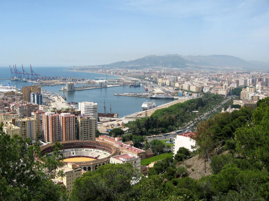 Puerto_de_Málaga_01-w1024-h768